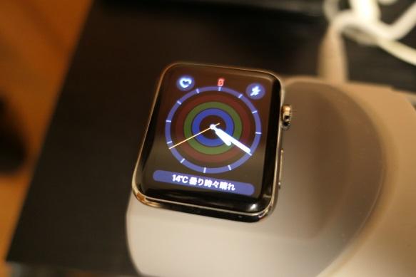 apple watch 電源 入らない